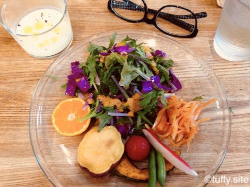 salad サラダ