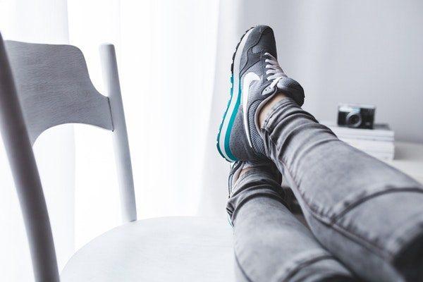 sneakers スニーカー