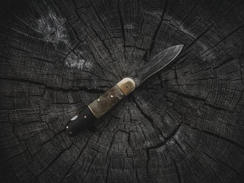 knife Dark
